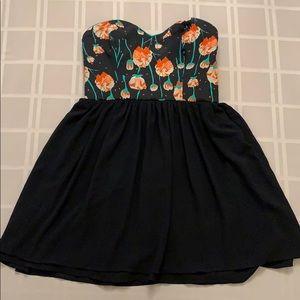 🌼Host Pick🌼 Strapless Semiformal Dress